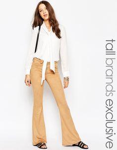 Glamorous Tall - Pantaloni a zampa in pelle scamosciata sintetica