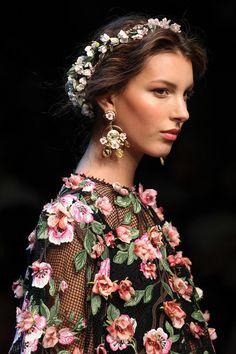 Dolce & Gabbana Spring 2014 up close and floral! #mfw