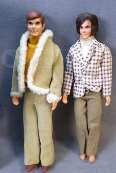 shopgoodwill.com - #14349013 - 2 Vintage 1968 Mattel Inc Ken Dolls & 1961 Case - 10/7/2013 6:12:00 PM