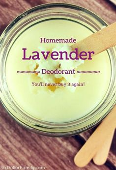 Ditch your tube and whip up a batch of this homemade lavender deodorant! It'… Ditch your tube and whip up a batch of this homemade lavender deodorant! It's all natural and once you've tried it? You'll NEVER buy it again! Diy Deodorant, Diy Natural Deodorant, Home Made Deodorant Recipes, Essential Oil Deodorant, Coconut Oil Deodorant, Homemade Essential Oils, Diy Cosmetic, Homemade Beauty Products, Natural Products