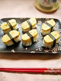 Tamago (Egg) Nigiri Sushi Recipe (卵焼き) with Photo Tutorial   Smoky Wok