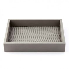 Bethge | A tray, vide-poche and interior accessoire. Handmade of smooth leather in taupe.