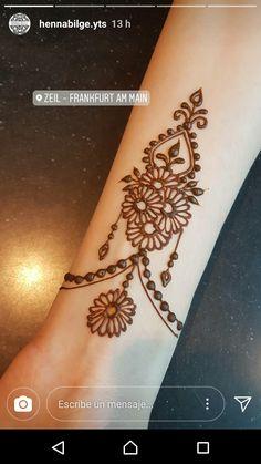 Wedding Henna Designs, Pretty Henna Designs, Modern Henna Designs, Beginner Henna Designs, Henna Designs Easy, Latest Mehndi Designs, Henna Tattoo Designs, Henna Tattoos, Tatoos