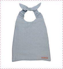 Idéal pour la maternelle ou la crèche ! Très pratique avec son tour de cou élastiqué. http://www.little-crevette.fr/grand-bavoir-bebe-elastique-bleu.html #serviette #bavoir #elastique