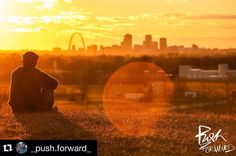 #Repost @_push.forward_  Home #viewmysunset #sunset #sunset_stream #pic #photo #photography #photoshoot #photographer #photographyislifee #instapic #instacity #instacool #instagood #instagram #canon #cahokiamounds #canon_official #canonphotography #warm #vibrant #tones #skyline #stl #stlouis #stlouisphotographer #stlouisgram #motivation #staytuned #staymotivated