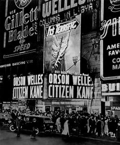 Citizen Kane premiere, Citizen Kane is a 1941 American mystery drama film by Orson Welles, its producer, co-screenwriter, director and star. The picture was Welles's first feature film. Times Square, Orson Welles, Vintage New York, Great Films, Opening Night, Classic Movies, Movie Theater, Vintage Movies, Historical Photos