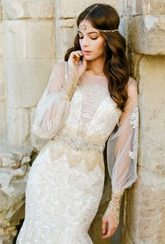 Such an inspiration if I would like to have some middle east style. Claire Pettibone wedding dress
