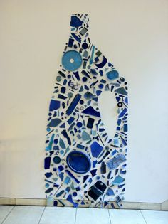 Tony Cragg - Wikipedia, the free encyclopedia Sculpture Art, Sculptures, Natural Form Art, Sea Glass Crafts, Human Art, Recycled Crafts, Art Plastique, Rsvp, Mosaic