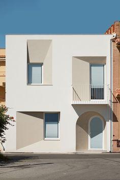 Innovative Architecture, Facade Architecture, Concept Architecture, Residential Architecture, Contemporary Architecture, Facade Design, Exterior Design, Casa Patio, Narrow House
