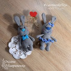 Зайчата Влюбляшки (дружное вязание онлайн)   LavrinenkoToys ) Вязаные игрушки ) Описания, МК
