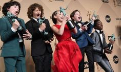 Spettacoli: #SAG #Awards #2017 i vincitori: il cast di Stranger Things batte Game of Thrones premiata anche The C... (link: http://ift.tt/2jJ5u3f )