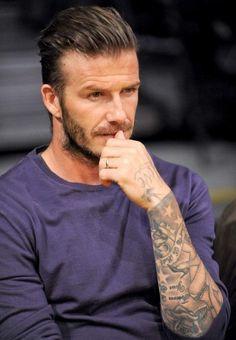 Los cortes de cabello 2015 de Mr. David Beckham Peinado hacia atrás lados más cortos