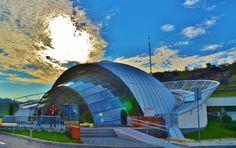 În România se găsește cel mai spectaculos loc subteran din lume! Hai cu noi să vezi minunea VIDEO-FOTO Mai, Opera House, Clouds, Building, Travel, Viajes, Buildings, Destinations, Traveling