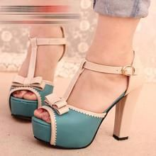 IYATO - Two-Tone Bow-Accent Platform Sandals