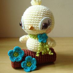 outra passarinha by Maria Handmade, via Flickr.  OMG, this is adorable!