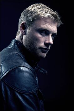 Andrew 'Freddie' Flintoff - Not my usual type but he's so naughty! Plus I bet he makes a stonking cuppa :)