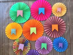 Diy And Crafts, Crafts For Kids, Paper Crafts, Diwali Activities, Paper Rosettes, Birthday Table, Paper Fans, Mexican Party, Diy Garden Projects