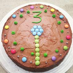 Toten, saftig sjokoladekake, sjokoladekake med Nesquick, hjemmelaget sjokoladekake, verdens beste sjokoladekake