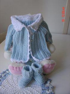 Cats-Rockin-Crochet, Free Crochet and Knit Patterns: Cat's One Piece Wonder, Baby Sweater/Cardigan 3 to 6 months Crochet Baby Sweaters, Cat Sweaters, Crochet Baby Clothes, Baby Knitting, Crochet Bebe, Crochet For Boys, Love Crochet, Baby Patterns, Knit Patterns