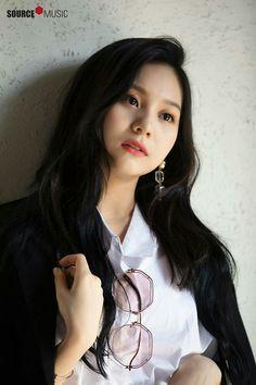Gfriend-Umji 2019 Season's Greetings Behind Bubblegum Pop, South Korean Girls, Korean Girl Groups, Gfriend Profile, Kim Ye Won, Kim Sang, Gfriend Sowon, Cloud Dancer, Entertainment