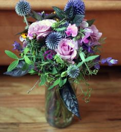 I got to make the bridal bouquets for our friends' wedding last week.  We found great seasonal flowers at the Union Square Greenmarket in Manhattan.  (My favorites were sweet pea from Dutchmill Gar...