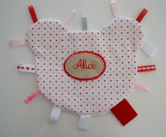 Alice is almost 5 months old. Just the age when they start stuffing everything into their mouths. So I made her a taggie blanket with a soft...
