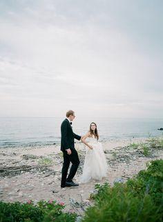 Seaside wedding: http://www.stylemepretty.com/2017/01/30/seaside-americana-style-wedding/ Photography: Elena Wolfe - http://elenawolfe.com/ and Colleen Macmillan - http://www.colleenmacmillan.net/