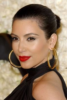 Kim Kardashian hair 2012