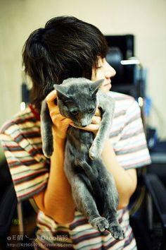 heechul + kitty