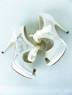 Lace Bridal Shoes with Ribbons Elegant by KUKLAfashiondesign, $115.00