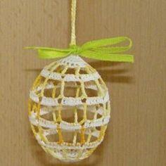 Velikonoční – 2. stránka – NÁVODY NA HÁČKOVÁNÍ Easter Crochet, Christmas Ornaments, Holiday Decor, Christmas Baubles, Christmas Decor, Christmas Decorations