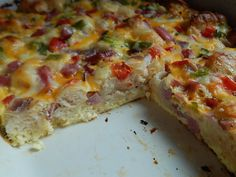 Bubble up breakfast casserole Author: Drizzle Recipe type: Breakfast Prep time:  10 mins Cook time:  50 mins Total time:  1 hour Serves: 6   6pp/serving