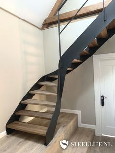 Staircase Design Modern, Home Stairs Design, Modern Design, House Design, Open Trap, Rooftop Terrace Design, House Extension Design, Steel Stairs, House Stairs