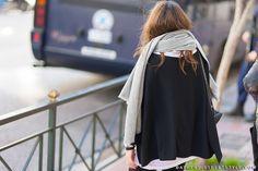 athens_street_style_woman_scarf
