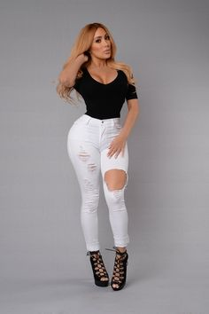 - Available in White, Black, Olive and Medium Wash - High Waisted - White Denim - Amazing Stretch - Destroyed - 5 Pocket Design - Tencel Cotton Spandex Miss Nikki Baby, Kardashian, Fashion Beauty, Womens Fashion, Sexy Jeans, African Women, White Denim, Swagg, Types Of Fashion Styles