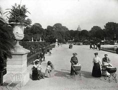 La promenade aux Jardins du Luxembourg, circa 1910. via the Verdeau Photo Collection