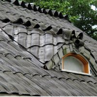 Roof made of old tires