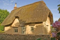 Idyllic Retreat, Cotswolds | 16 Fairy Tale Cottages You Can Actually Stay In