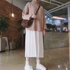 Image about girl in Kstyle by 다른 on We Heart It Modern Hijab Fashion, Korean Girl Fashion, Korean Street Fashion, Ulzzang Fashion, Muslim Fashion, Asian Fashion, Fashion Fall, Fashion Men, Fashion Tips