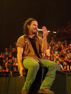 Eddie Vedder (Pearl Jam)...