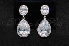 Love these sparkly earrings!