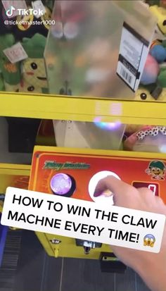 Things To Do At A Sleepover, Crazy Things To Do With Friends, Fun Sleepover Ideas, Amazing Life Hacks, Simple Life Hacks, Useful Life Hacks, Teen Life Hacks, Claw Machine, Things To Do When Bored