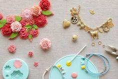 Selling Handmade Items, Baby Cartoon, Baby Socks, American Crafts, Craft Sale, Pure Products, Wool, Earrings, Cute