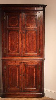Antique Desk, Antique Furniture, Furniture Makeover, Furniture Ideas, Corner Cupboard, Interior Design Tips, 18th Century, Antiques, Bed