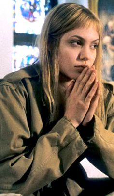 Angelina Jolie as Lisa Rowe - Girl Interrupted