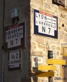 la route Nationale 7 nostalgique des trente glorieuses ... Ville France, Lyon, Road Trip, Provence, Culture, Holidays, Dioramas, Tourism, Photographers