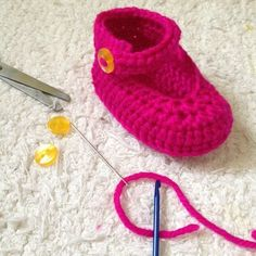 How to crochet mary jane booties via @Guidecentral - Visit www.guidecentr.al for more #DIY #tutorials