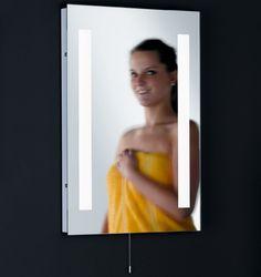Lovely  Reduziert Dieser tolle Spiegel mit integrierter Beleuchtung verleiht ihrem Badezimmer das besondere ueEtwas
