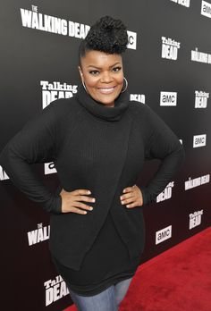 "Actress Yvette Nicole Brown attends AMC presents ""Talking Dead Live"" for the premiere of ""The Walking Dead"" at Hollywood Forever on October 2016 in Hollywood, California. Hollywood California, In Hollywood, Yvette Nicole Brown, Talking To The Dead, October 23, Women In History, American Actress, Casual Looks, Style Icons"