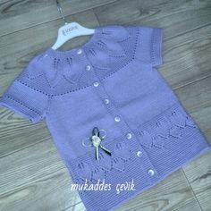 ♥  ♥  ♥  ♥  ♥    #bebekelbisesi #örgümodelleri #örgüelbise #otantikelbiseler #loveknitting #knitterra_knitting #ozeltasarim @deryabaykallagulumse #babyknits #pinterest #yelek #hirka #knit #alizeileörüyorum #nakoiplikeri